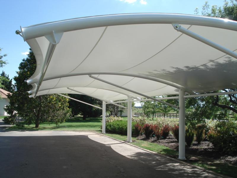 Alquimodul tensoestructuras y membranas arquitectonicas for Toldos para estacionamiento
