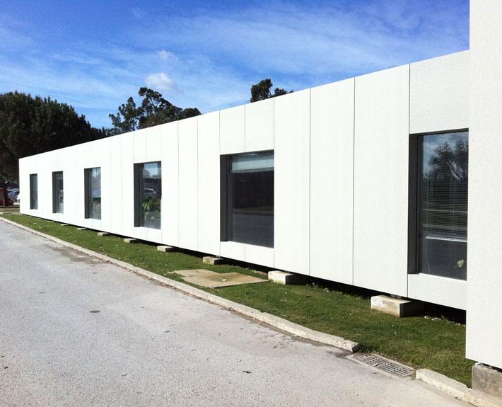 EUROPA PREFABRI- Oficina modular acristalada